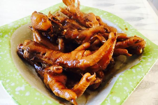 辣椒鸡爪老抽生抽方法大料主料干料酒葱蒜姜红烧鸡爪鹅蛋炖川芎冰糖图片