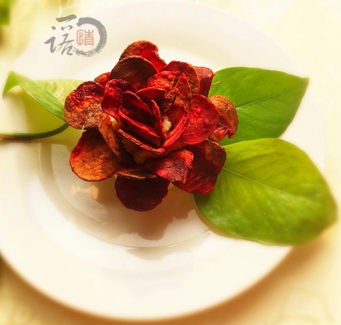 土豆雕刻玫瑰花图步骤