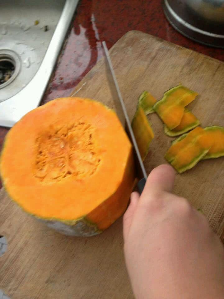 懒人菜谱之南瓜饼的做法步骤