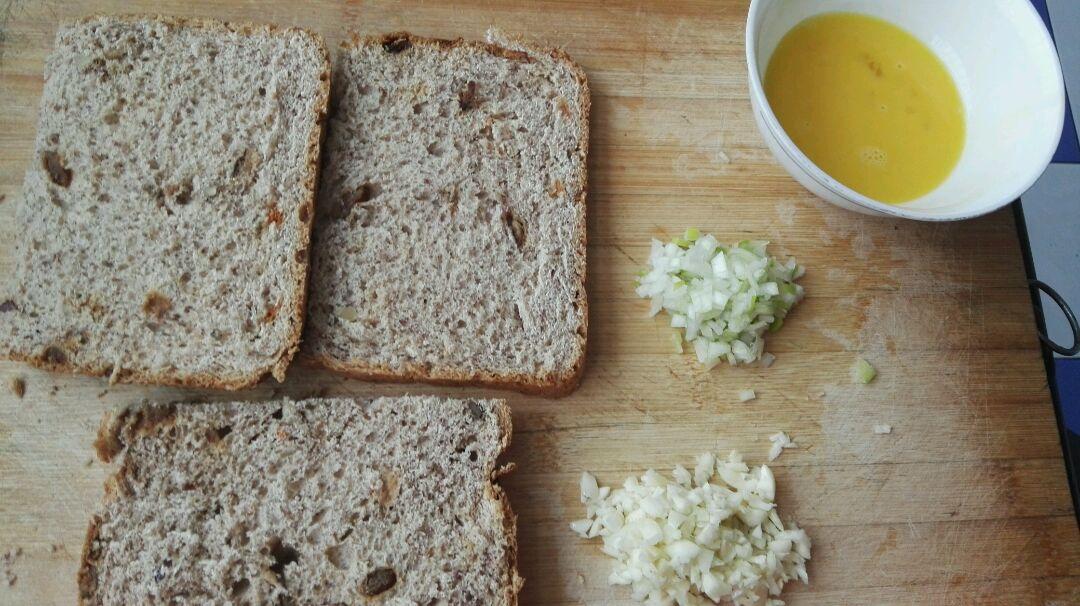 蒜香烤面包的做法步骤