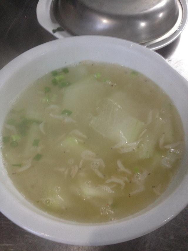 冬瓜虾皮汤的做法图解3