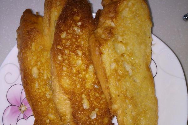 扫一扫 边看边做更方便 主料 法棍 黄油 蜂蜜 烤面包的做法步骤 1.