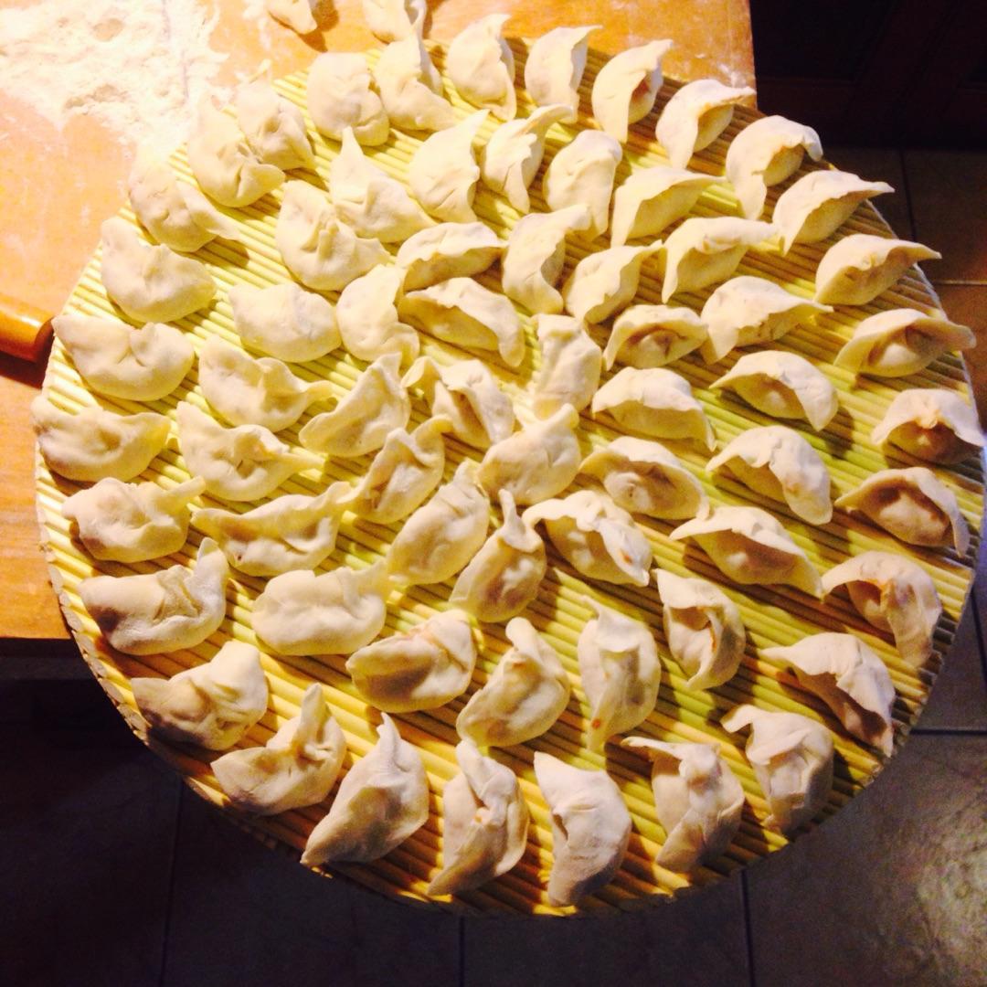 大蒜饺子的做法步骤