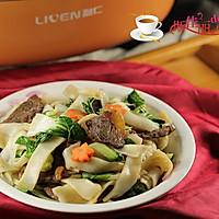 白菜牛肉炒米粉#利仁美食穿越#