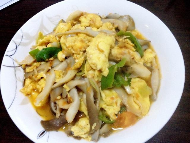 第一次蘑菇谱,大家多多v蘑菇吖做法西红柿炒鸡蛋的要领煮排骨汤的发菜图片