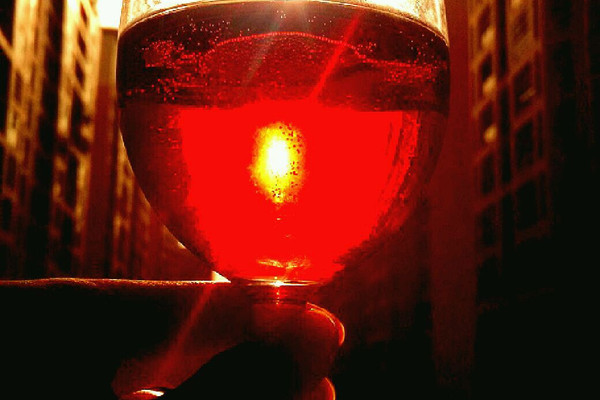 雪碧红酒的做法