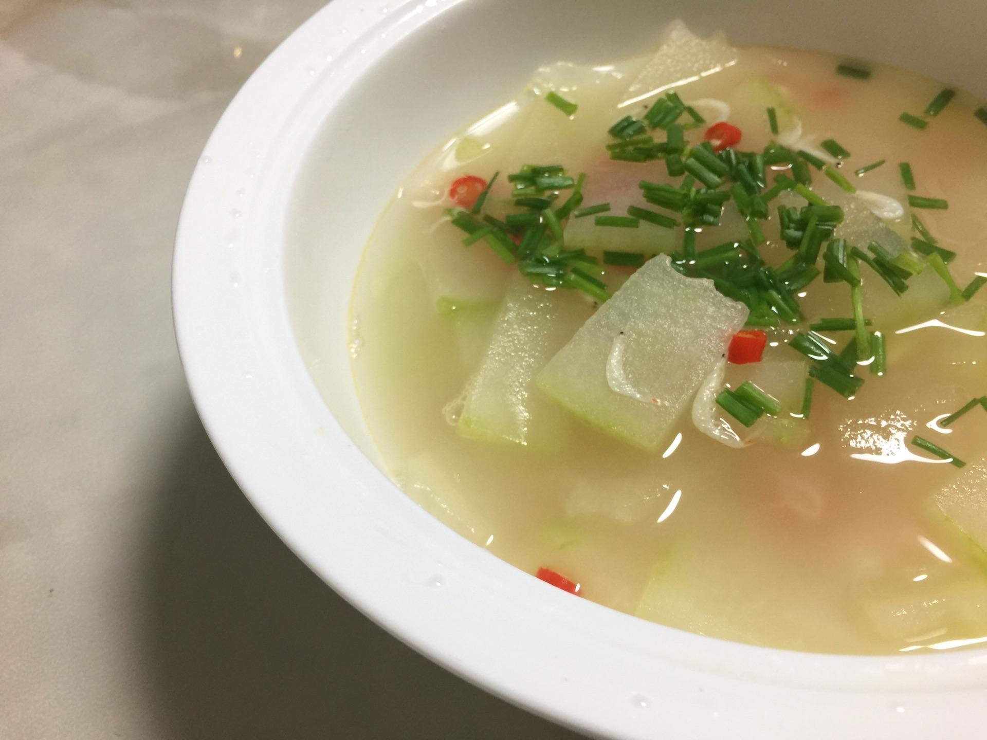 虾皮冬瓜汤的做法图解1