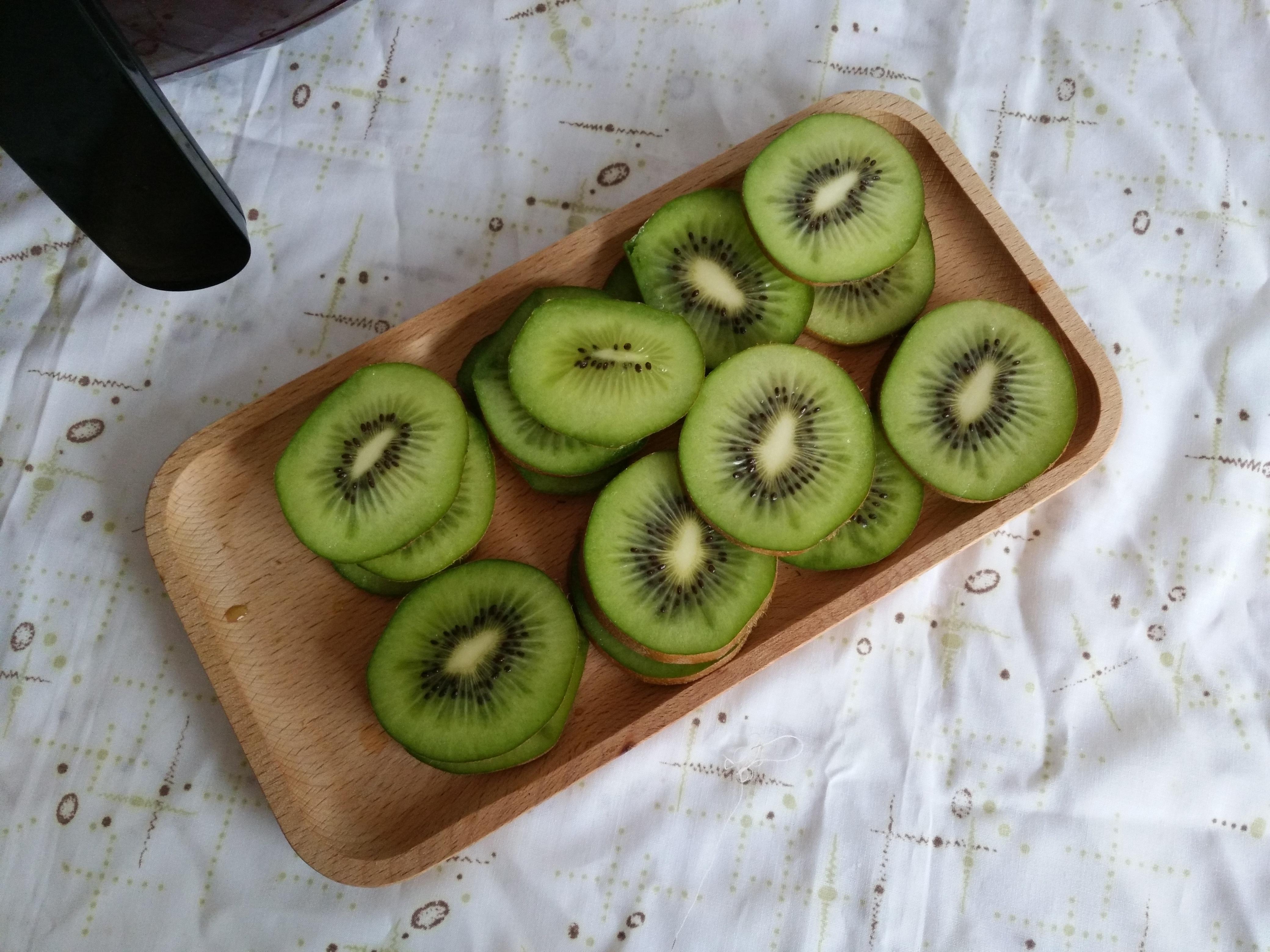 猕猴桃果干的做法步骤
