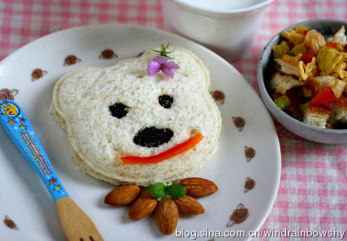 很多时候,孩子是凭视觉决定对食物的喜好,所以如果把食物做得漂亮些