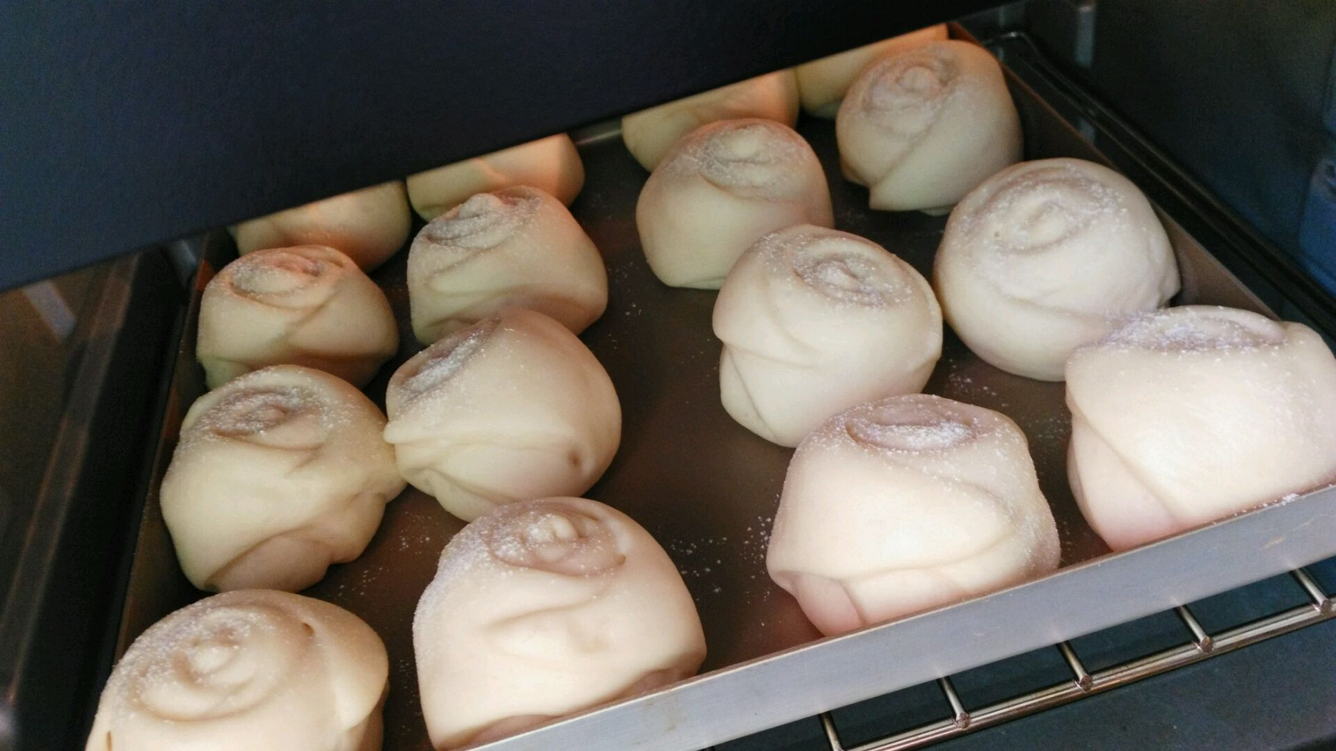 玫瑰豆沙包的做法图解12