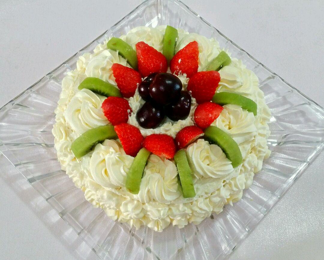 奶油水果蛋糕的做法图片