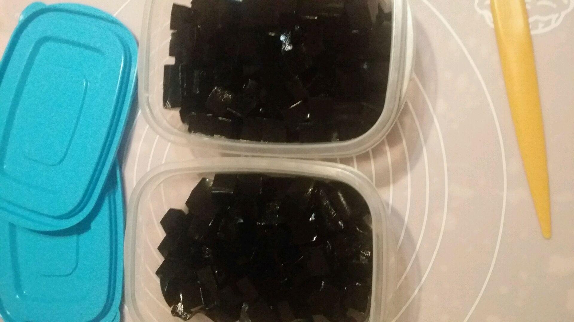 蜜红豆龟苓膏的做法图解9