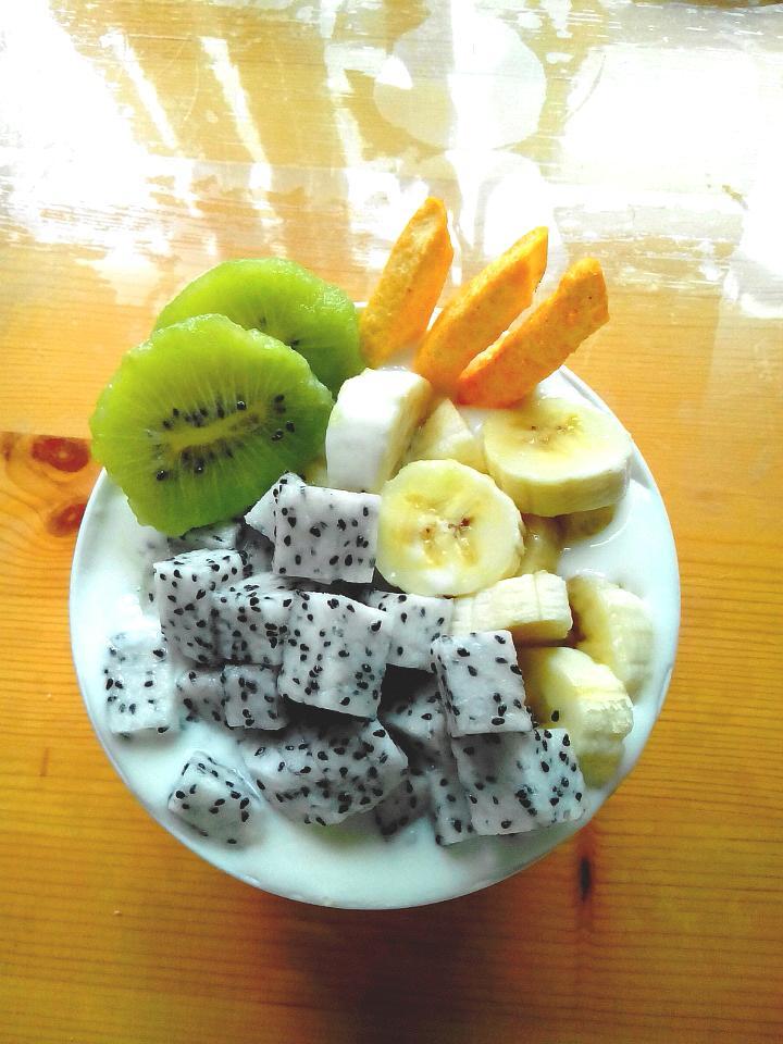 土豆三根 水果沙拉的做法步骤 分类:        本菜谱的做法由  编写