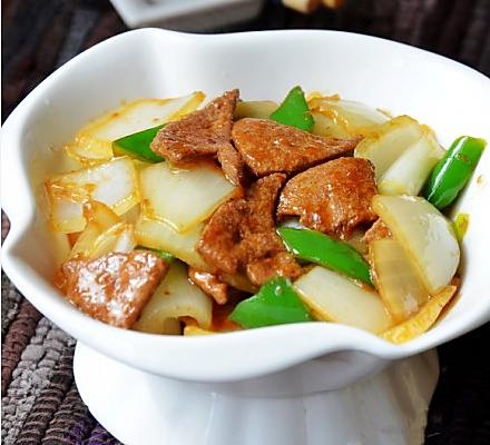 洋葱炒猪肝的做法_【图解】洋葱炒猪肝怎么做如何做
