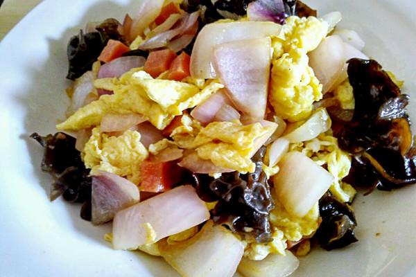 木耳洋葱炒鸡蛋广州调味品辐照v木耳图片