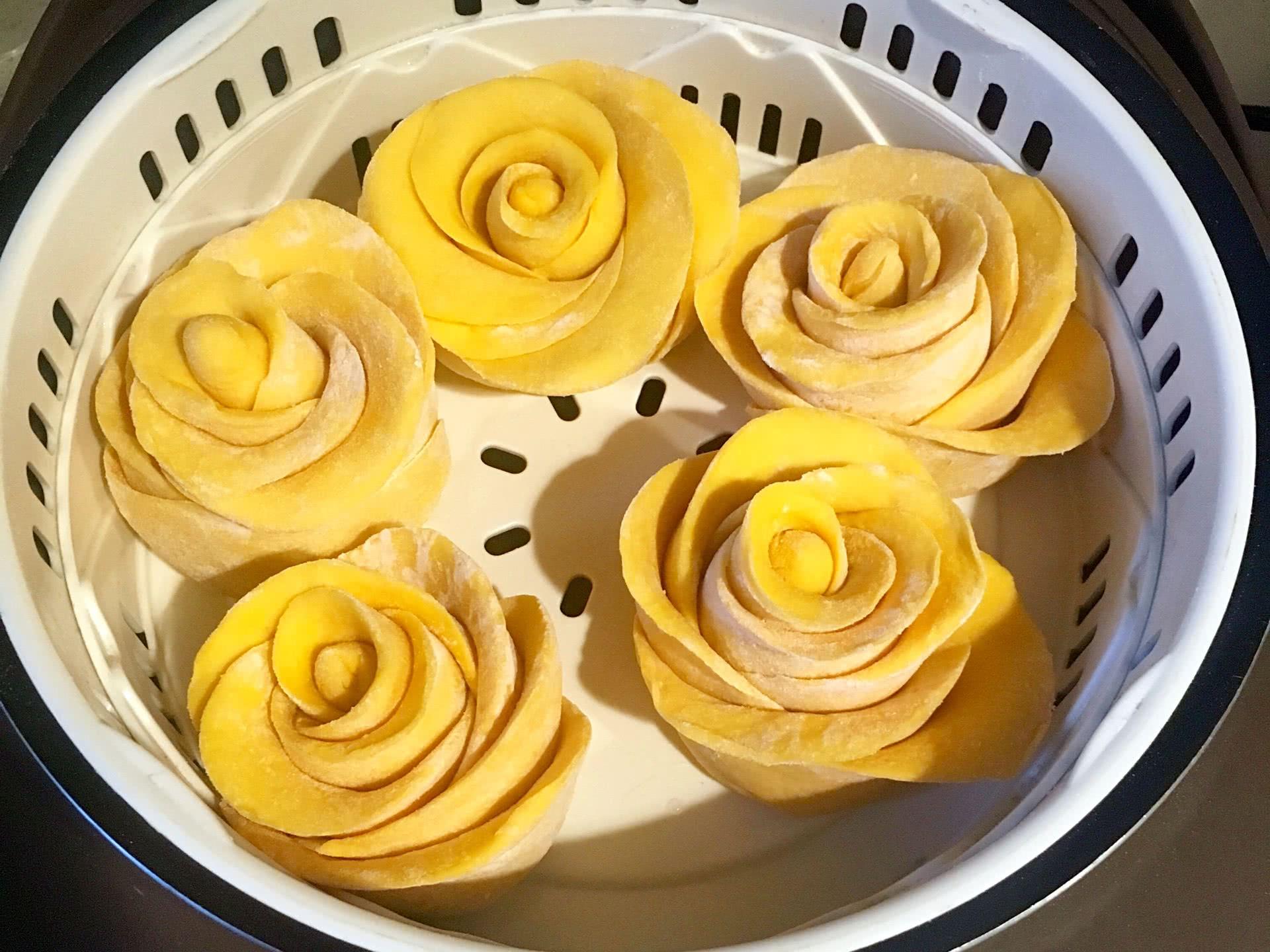 南瓜玫瑰花馒头的做法图解8
