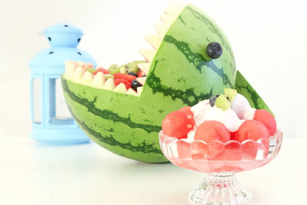 夏日鲨鱼西瓜 宝宝辅食微课堂的做法_【图解】夏日 微