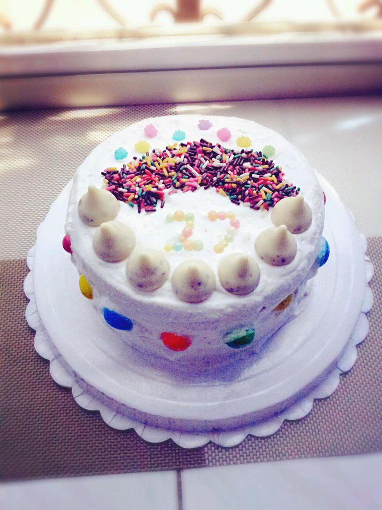 两个 果酱 水果 辅料   各种糖果 泡打粉十克 给自己的【生日蛋糕】
