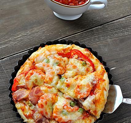 厚底鲜虾培根披萨的做法_【图解】厚底鲜虾培根披萨做
