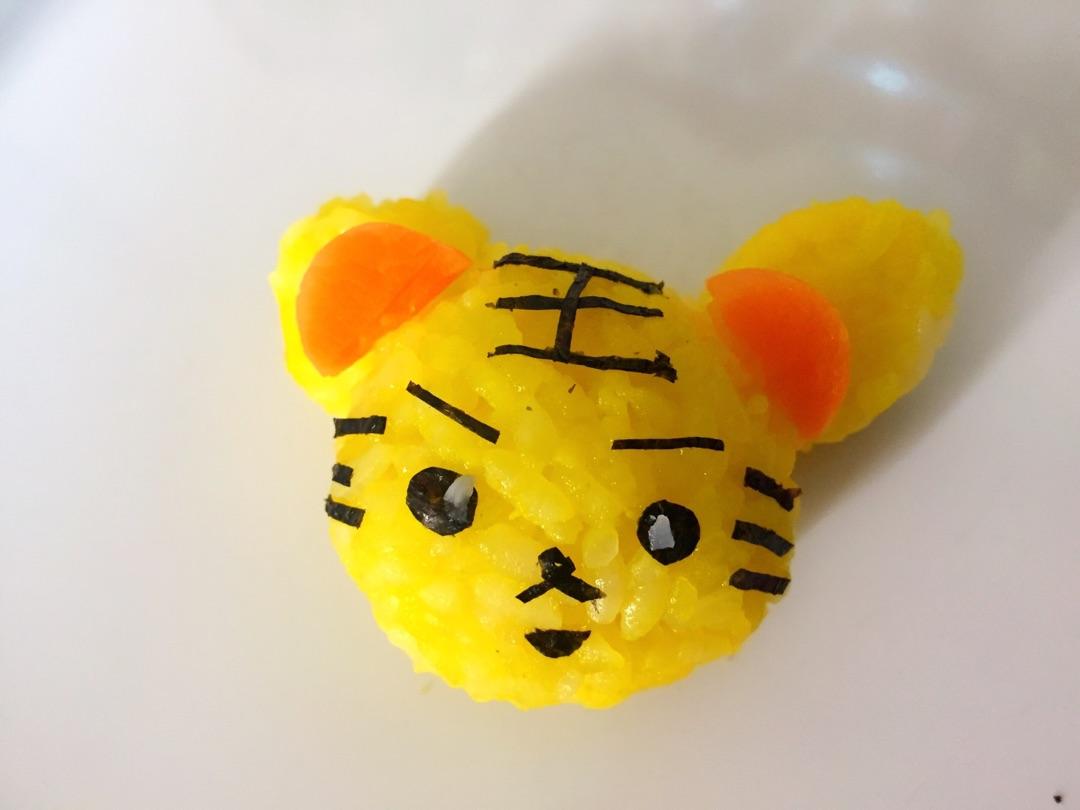 筷子制作的工艺品动物