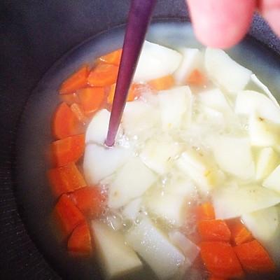 胡萝卜土豆泥色拉