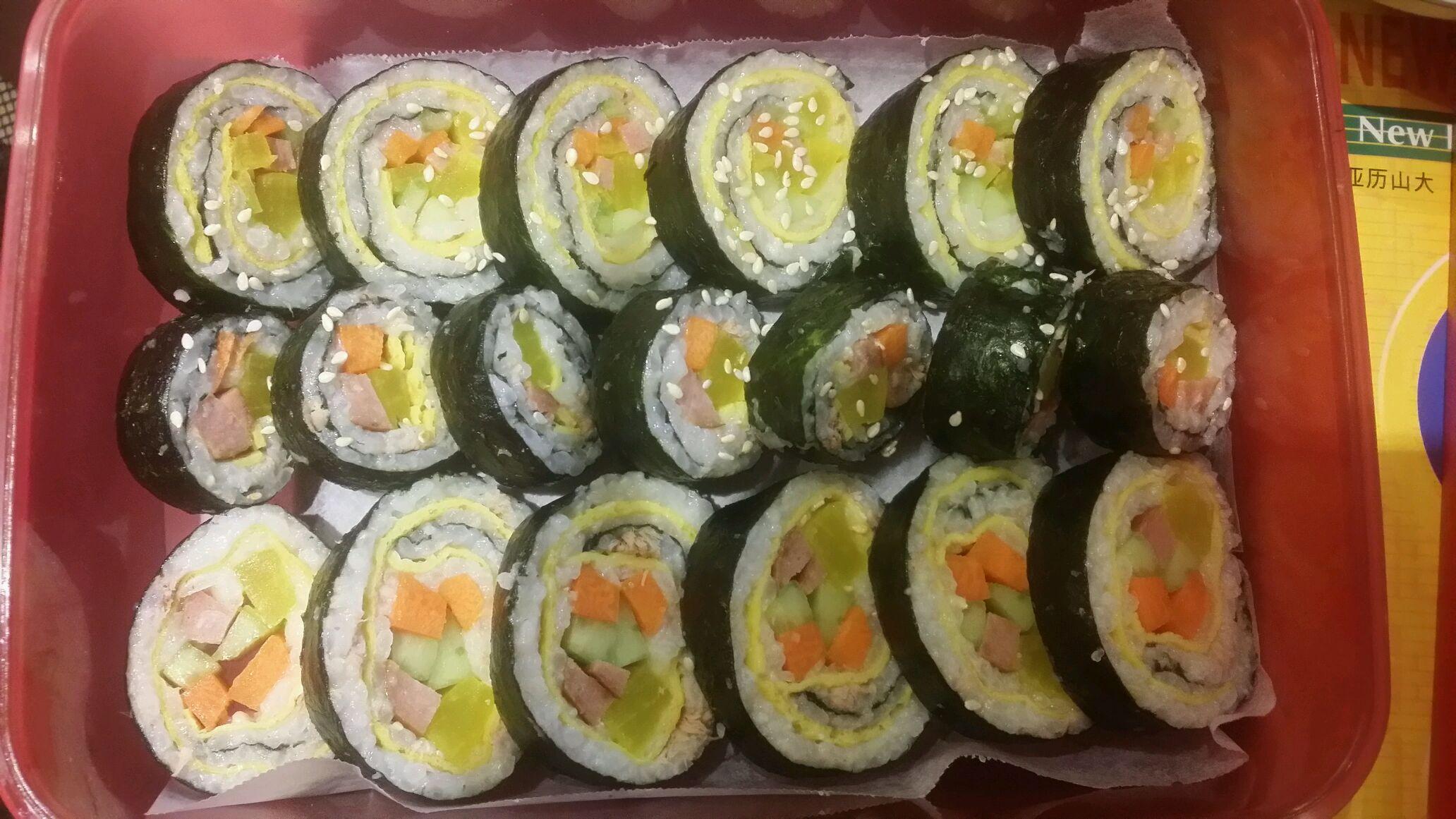 深夜寿司卷的做法_【图解】深夜寿司卷怎么做如何做