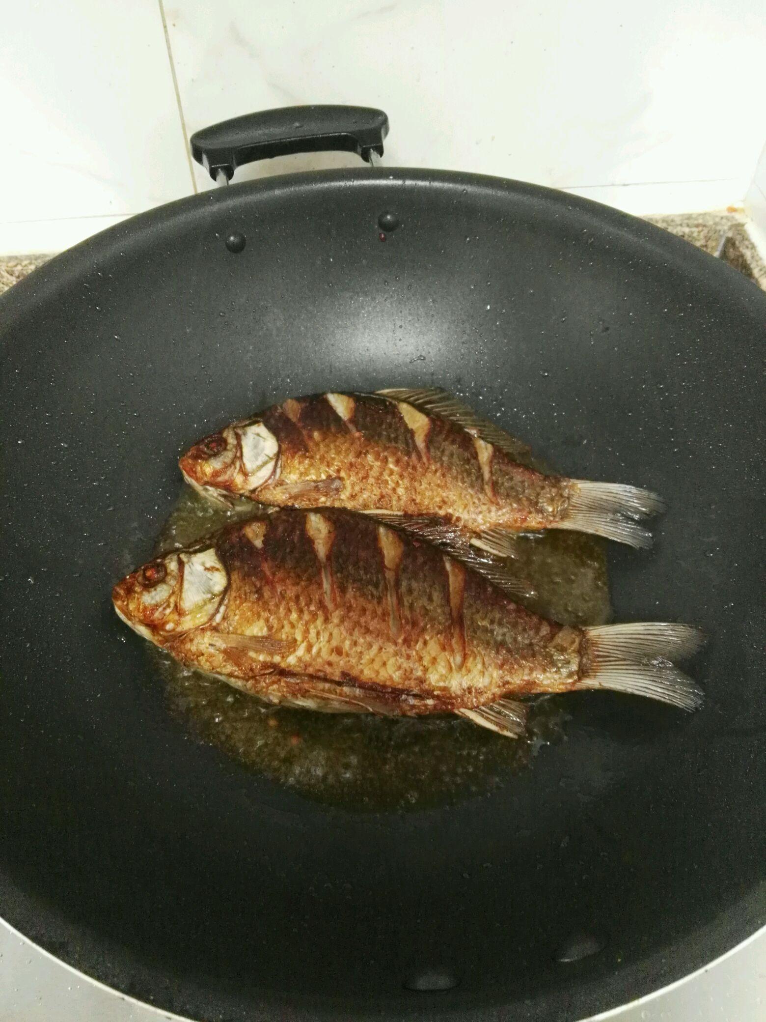豆瓣鲫鱼的做法_【图解】豆瓣鲫鱼怎么做如何做好吃