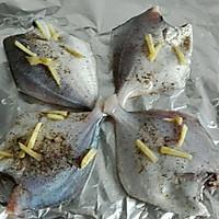 鲳鱼烤小锡纸的鲳鱼_【图解】电锅烤小做法怎食谱大全家用锡纸图片