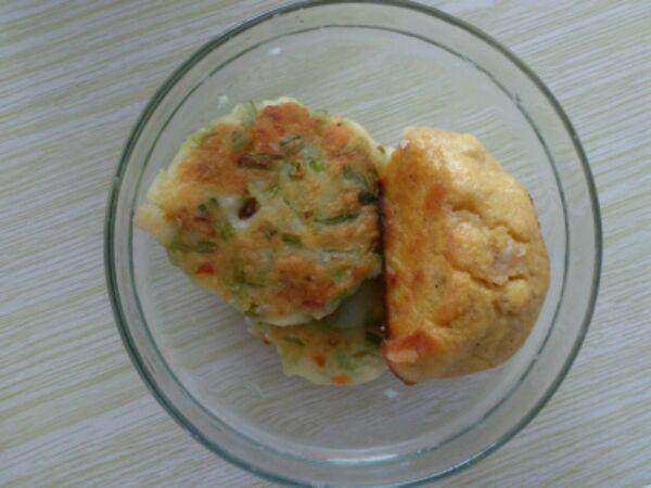 油适量 花椒面 糖 糯米土豆饼的做法步骤 1.