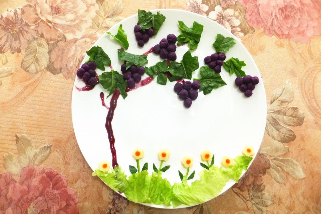 紫薯系列之夏天里的葡萄树