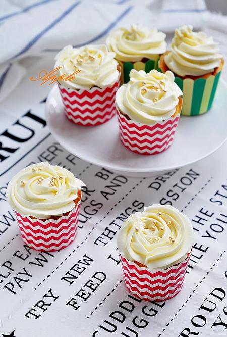 酸奶杯子蛋糕的做法_【图解】酸奶杯子蛋糕怎么做如何