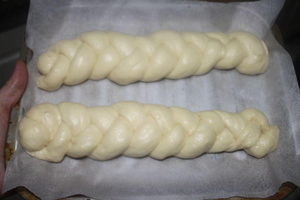 奶酥粒儿辫子面包