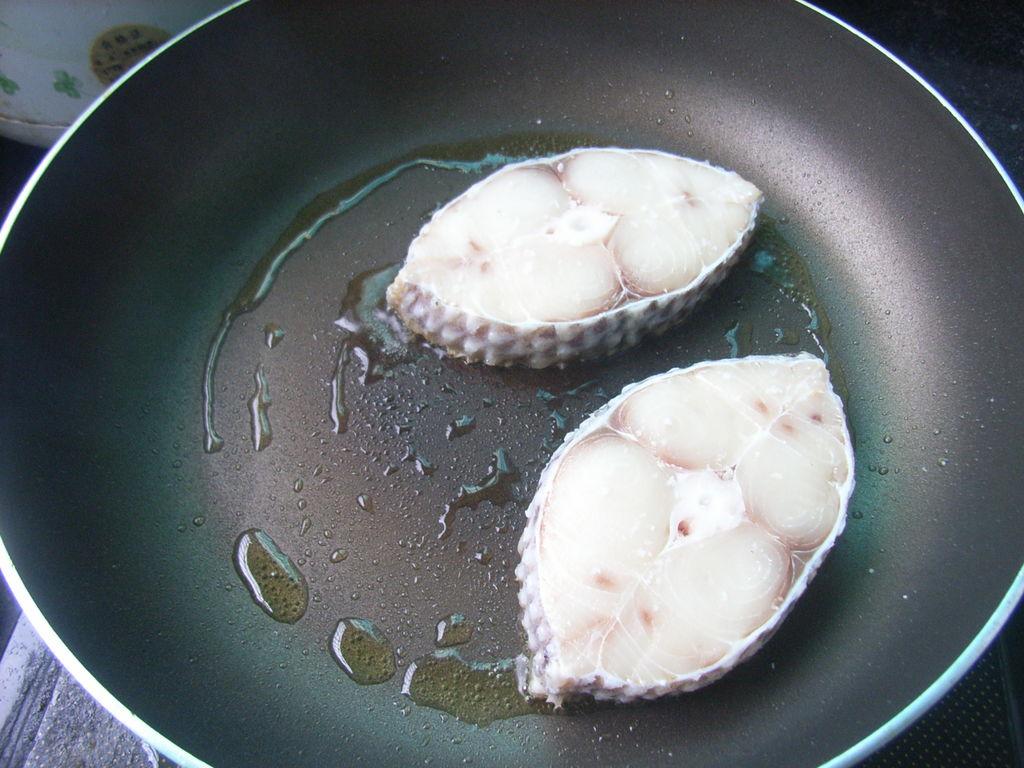 黑椒煎海鱼的做法_【图解】黑椒煎海鱼怎么做如何做