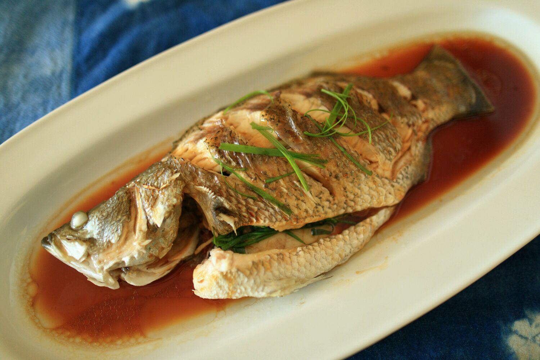 主料 一条 清蒸桂花鱼的做法步骤        本菜谱的做法由  编写