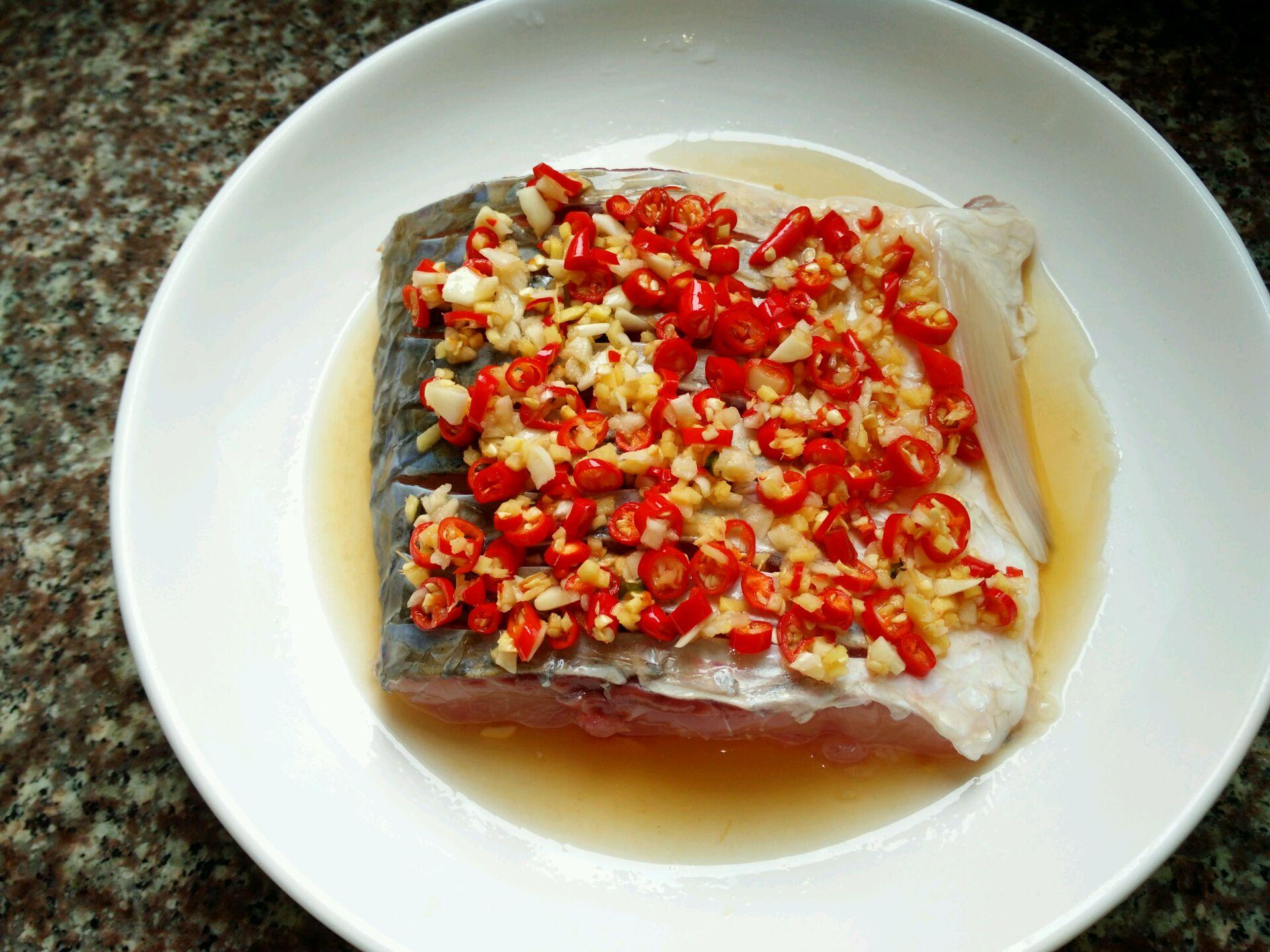 剁椒鱼块的做法图解5