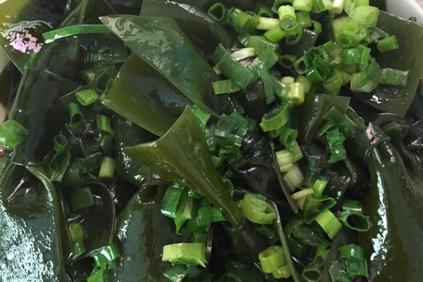葱油海带结的做法_【图解】葱油海带结怎么做如何做