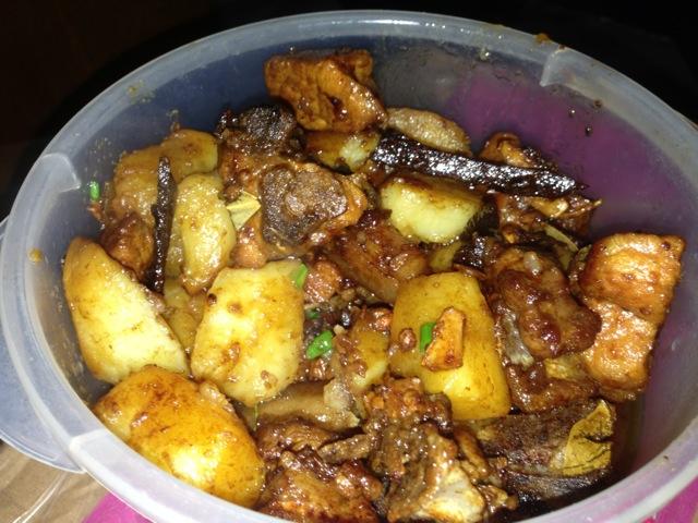 土豆红烧排骨