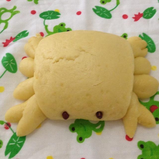 每天都想给女儿惊喜,偶尔看到网上的螃蟹小馒头太可爱了,就学