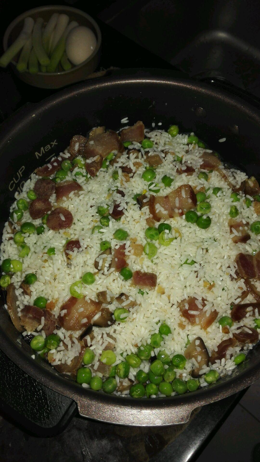 广式腊味糯米饭的做法图解9