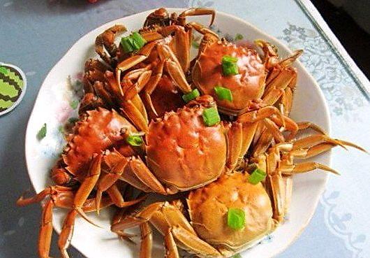 水煮大闸蟹鸡胗红烧的做法图片