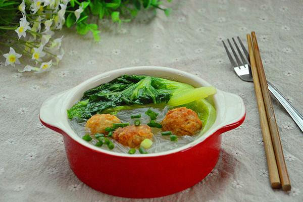 快手汤水-青菜粉丝肉丸汤的做法_【图解】快手