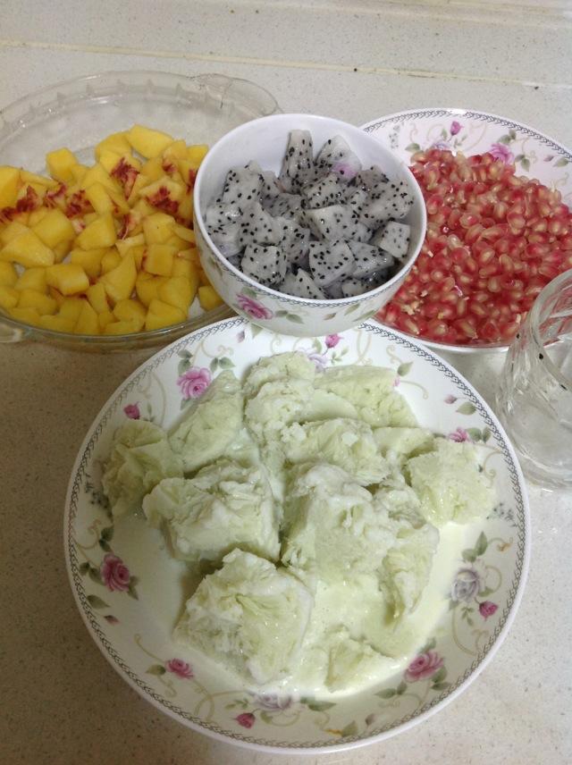 抹茶牛奶杂果绵绵冰的做法图解2
