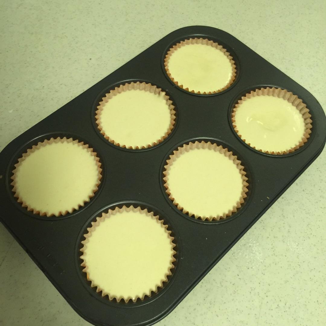 很适合孩子的小点心---全蛋纸托蛋糕