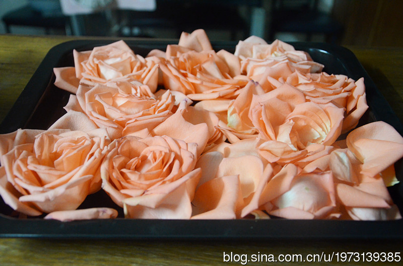 烤玫瑰花干的做法步骤