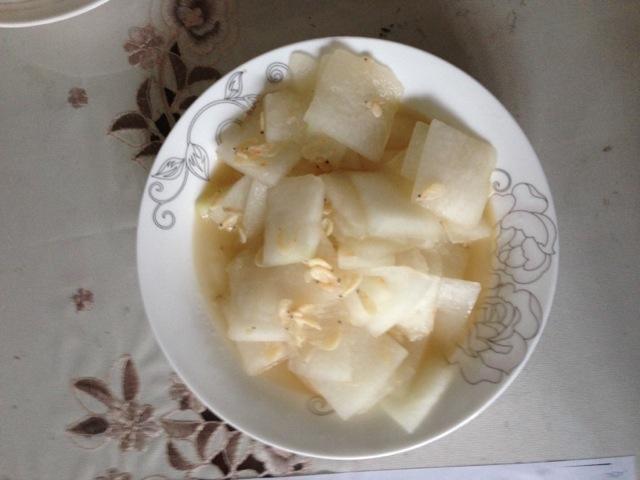 冬瓜炒虾皮的做法图解1