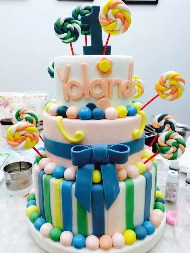 多层炫彩翻糖蛋糕#约会mof#的做法图解11