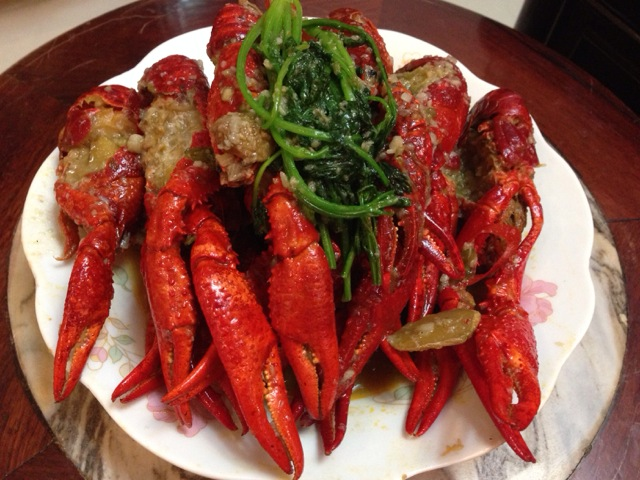 蒜泥龙虾的做法图解7