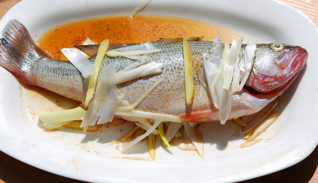 鲈鱼去刺的方法图解