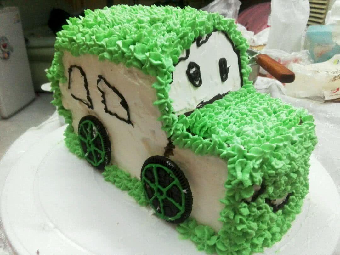 小汽车蛋糕的做法步骤