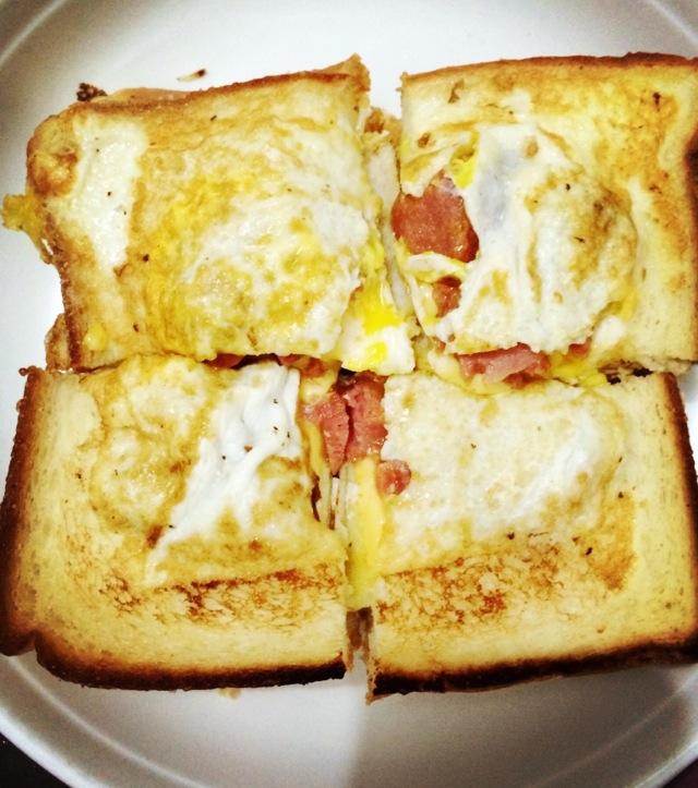 鸡蛋奶酪吐司的做法_【图解】鸡蛋奶酪吐司怎么做如何